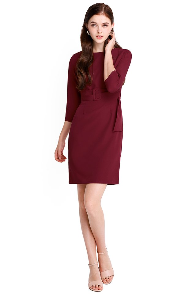 Crowd Pleaser Dress In Wine Red