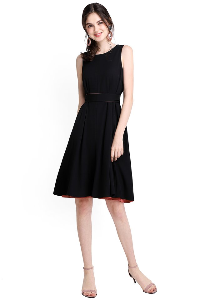 Miss Optimist Dress In Rose Black