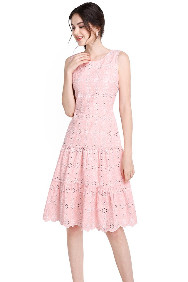 Cotton Candy Dreams Dress In Pea Pink