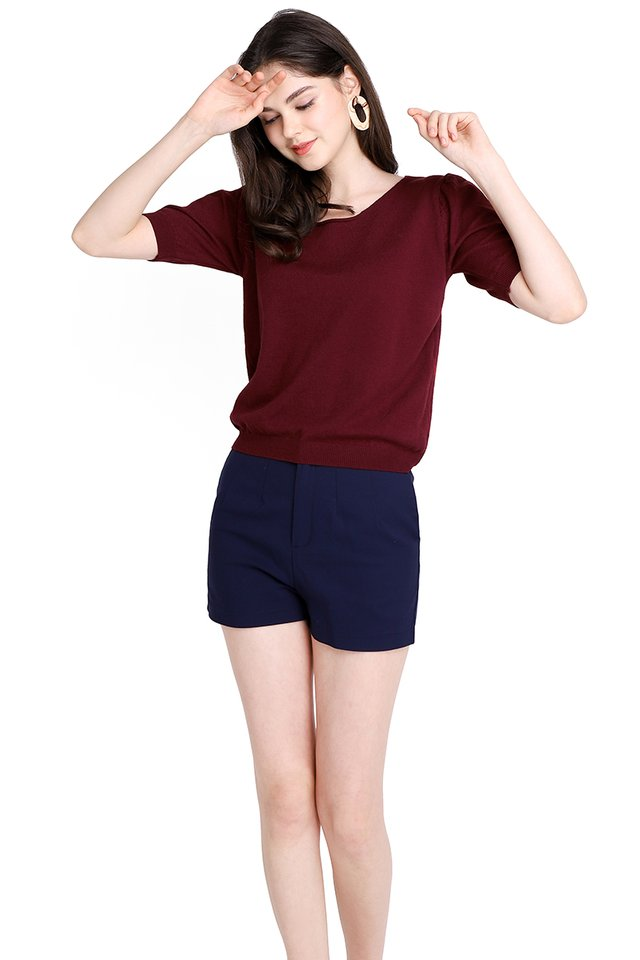 Cozy Affair Top In Wine Red