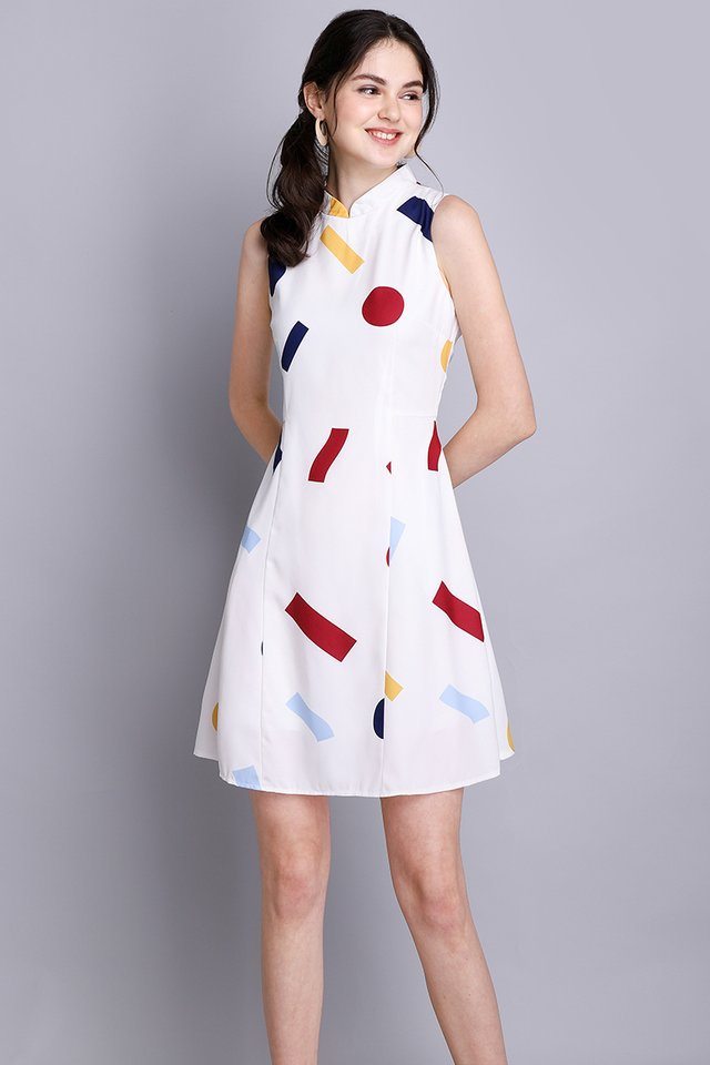 Solve The Puzzle Dress In White Prints