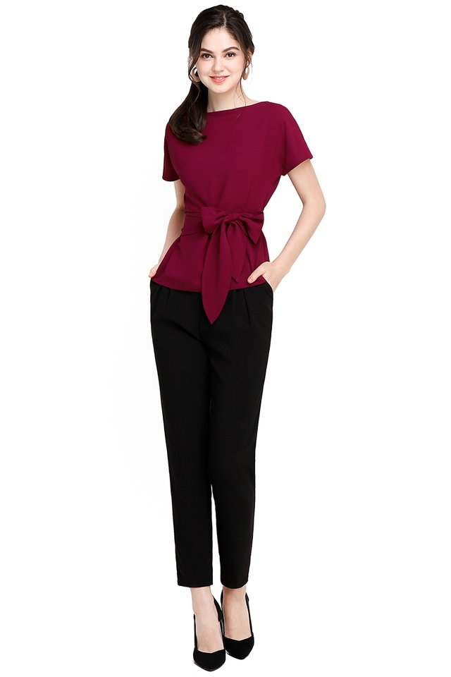 Weekday Simplicity Top In Wine Red