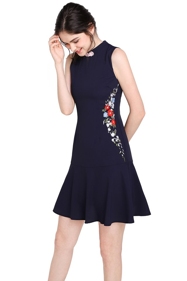 Cascading Blossoms Cheongsam Dress In Navy Blue