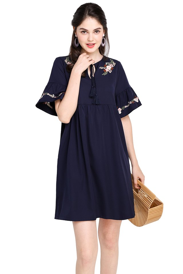 Midsummer Soiree Dress In Navy Blue