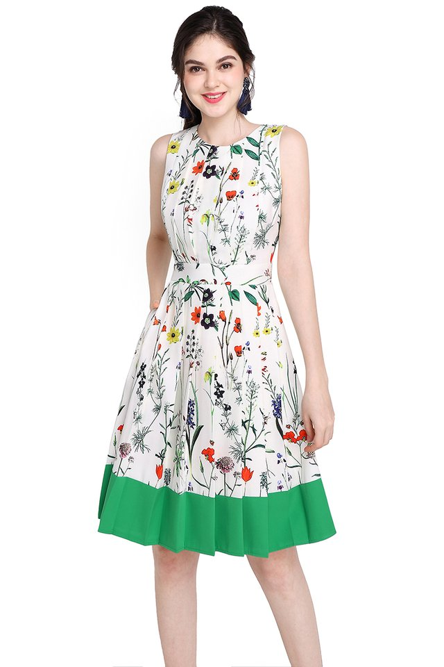 Garden Party Dress In Ivory Green