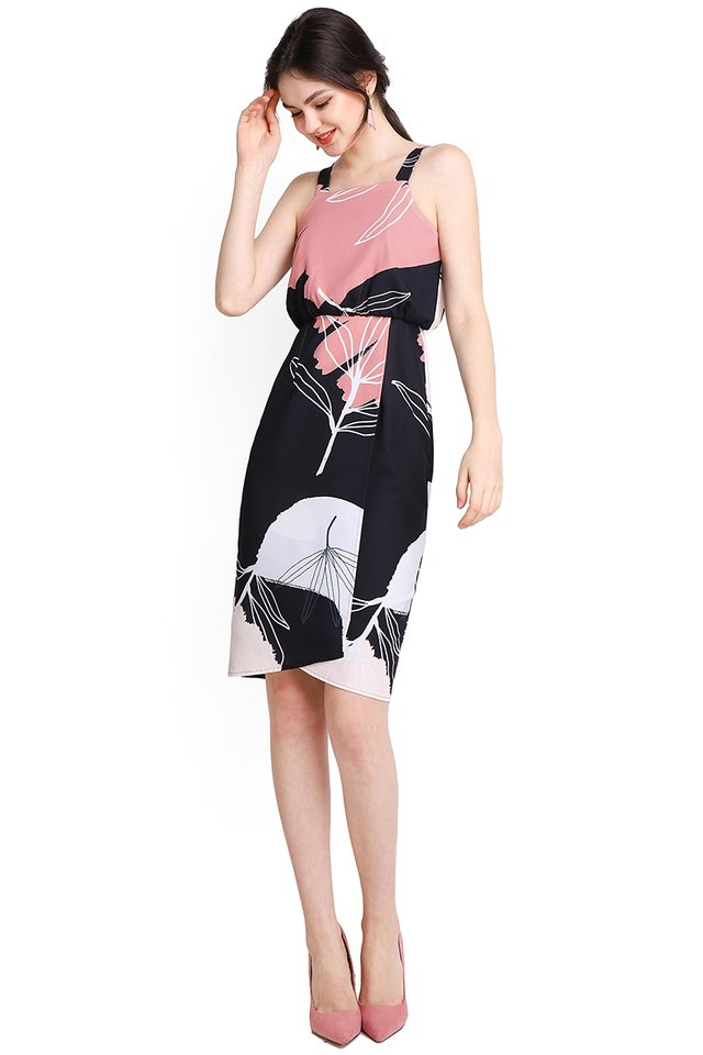 Art Inspiration Dress In Black Prints