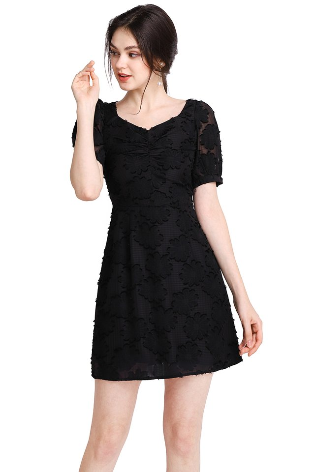 Quite The Charmer Dress In Classic Black