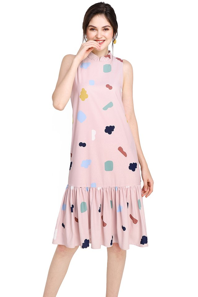 City Of Geometry Dress In Pink Prints