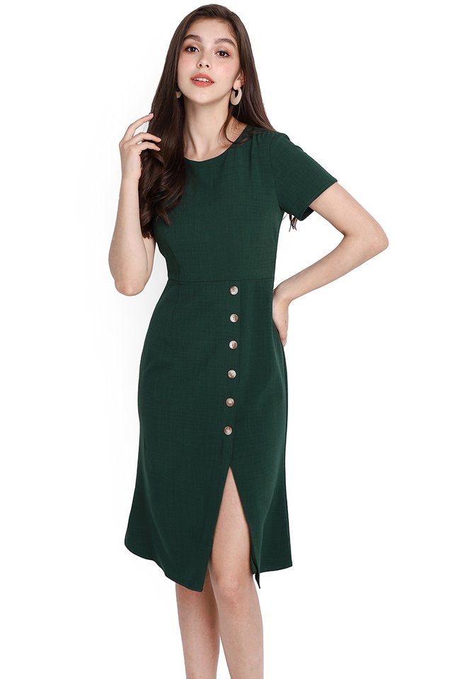 Chic Perfection Dress In Forest Green