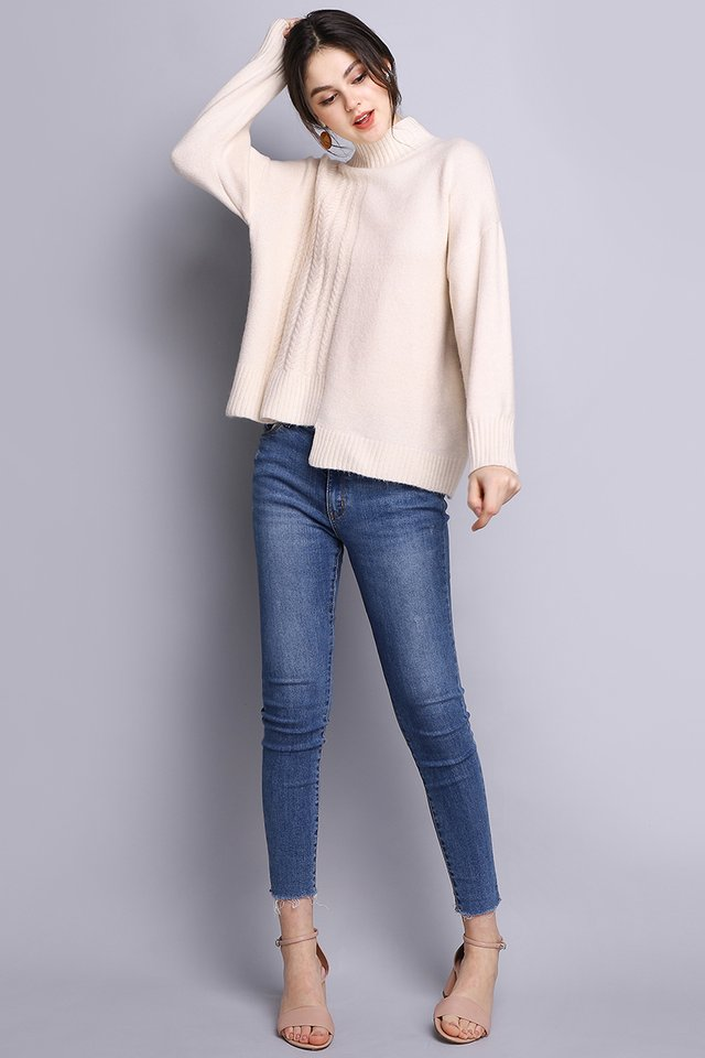 Winter Breeze Pullover In Soft Cream