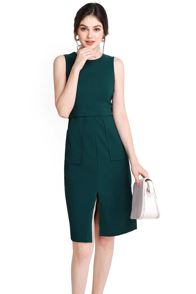The Romanticist Dress In Forest Green