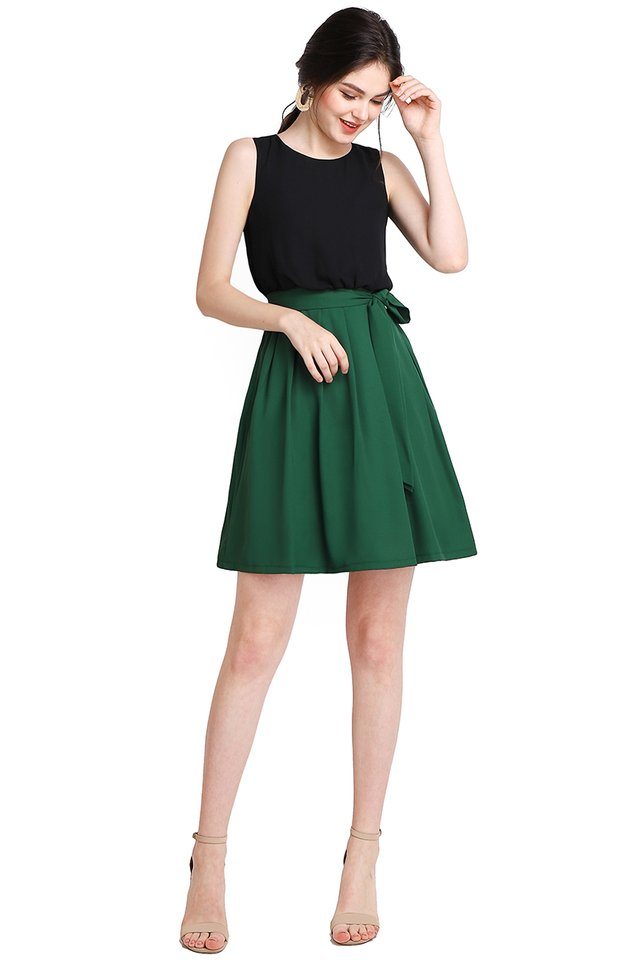 Colour Harmony Dress In Black Forest