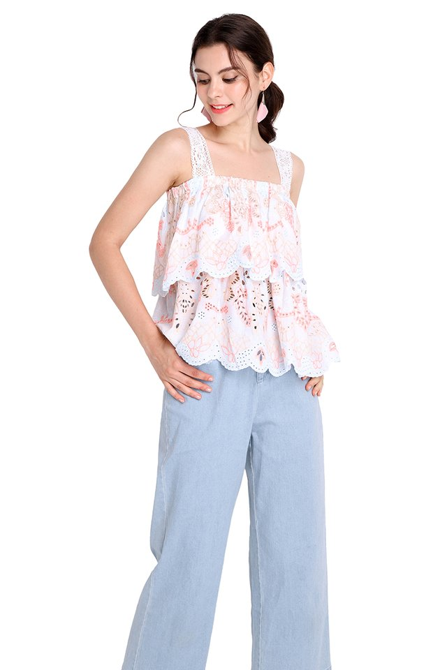 Peach Gerbera Top In Pastel Pink