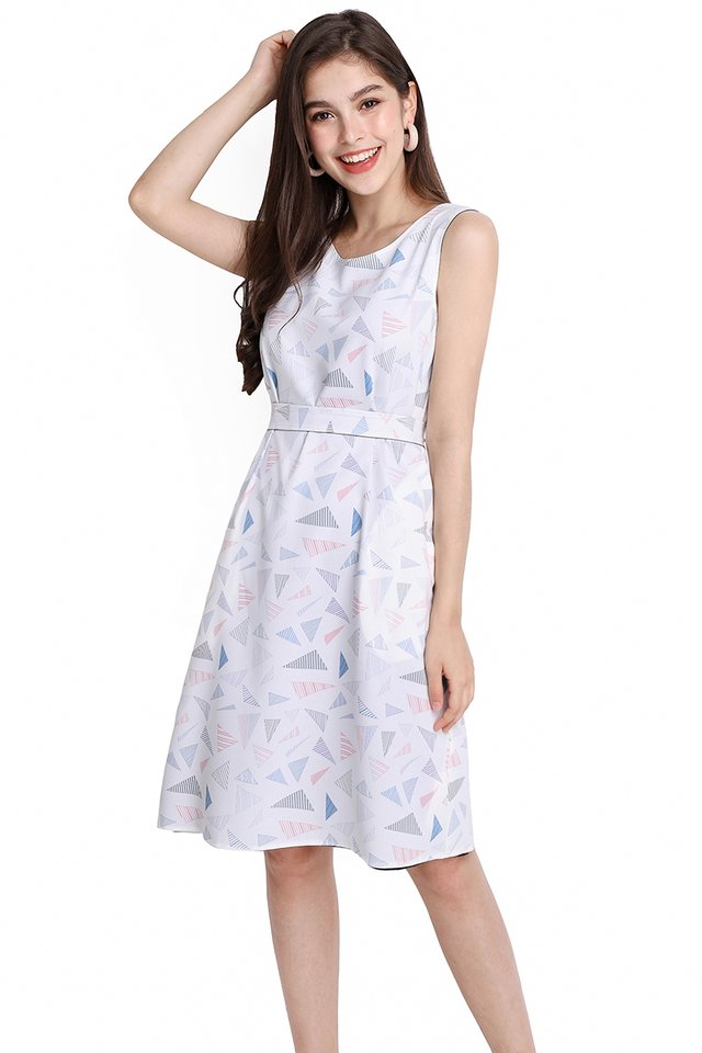 Shapes And Puzzles Dress In White Prints