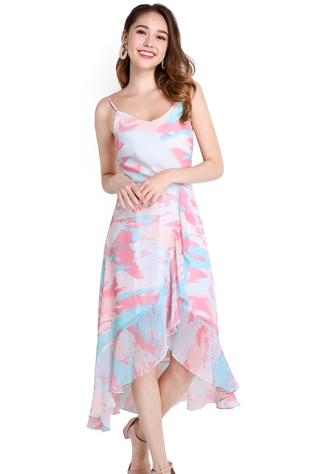 Walkway To Paradise Dress In Pink Prints