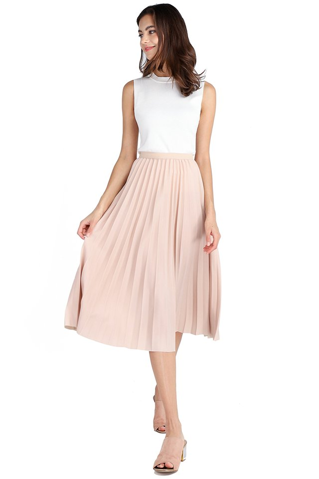 Weekend Swing Skirt In Sand