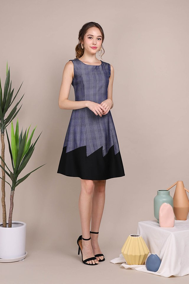 Royal Soulmate Dress In Blue Black