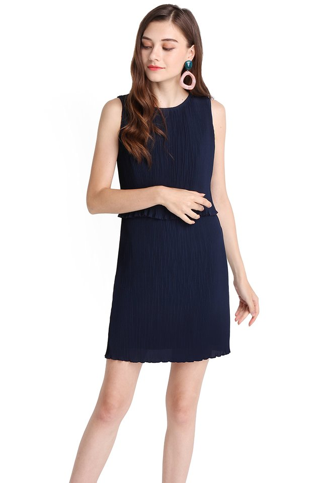 Mood Refresher Dress In Navy Blue