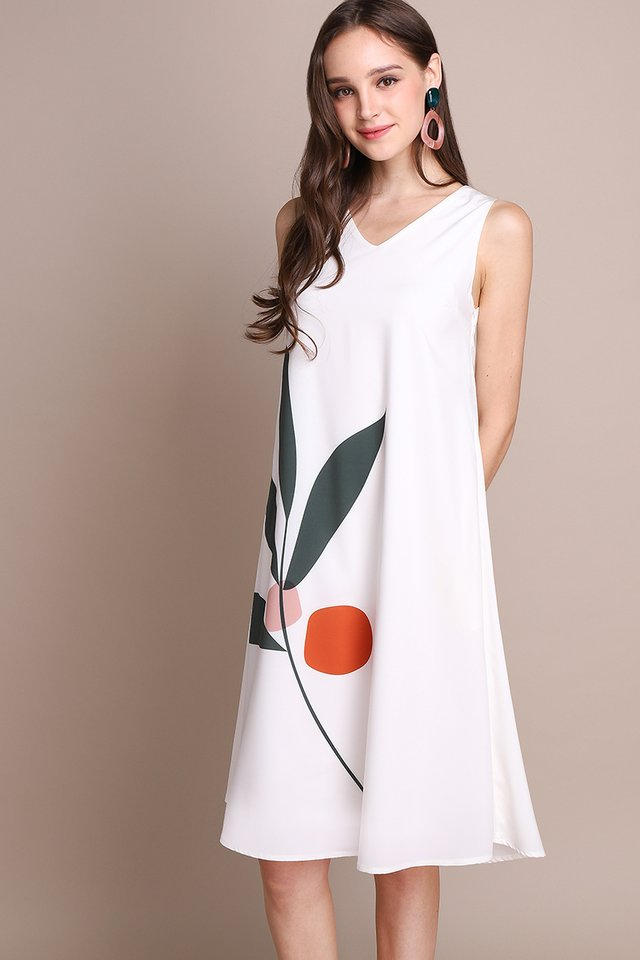 Rainbow Of Love Dress In White Petals