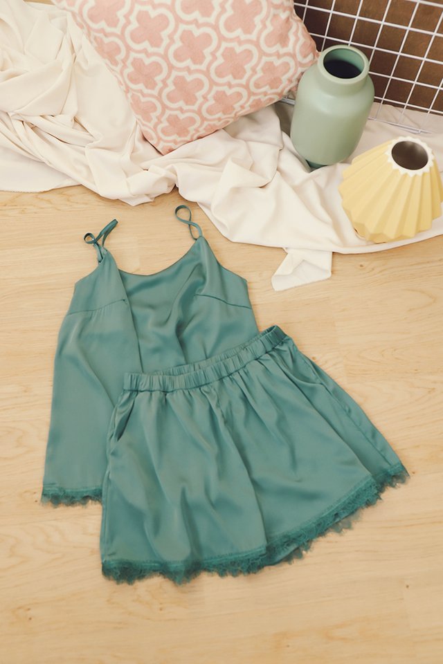 Rosalie Set In Forest Green