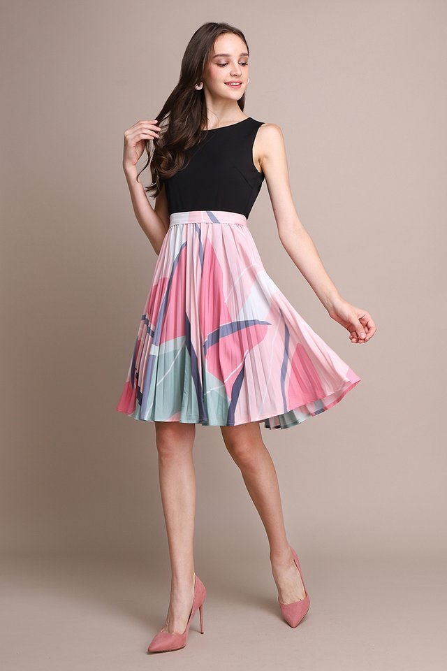 Arcade Puzzle Dress In Pink Prints