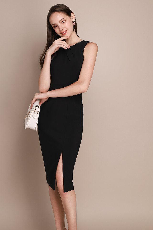 Shape Of Elegance Dress In Classic Black