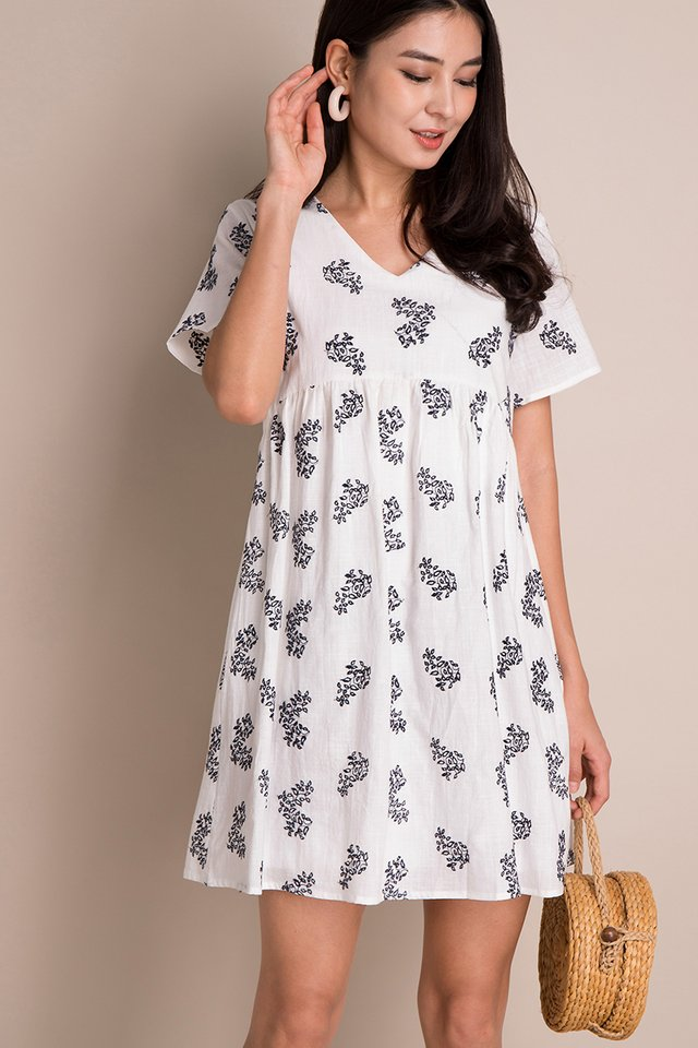 Orchids In Bloom Dress In White Prints