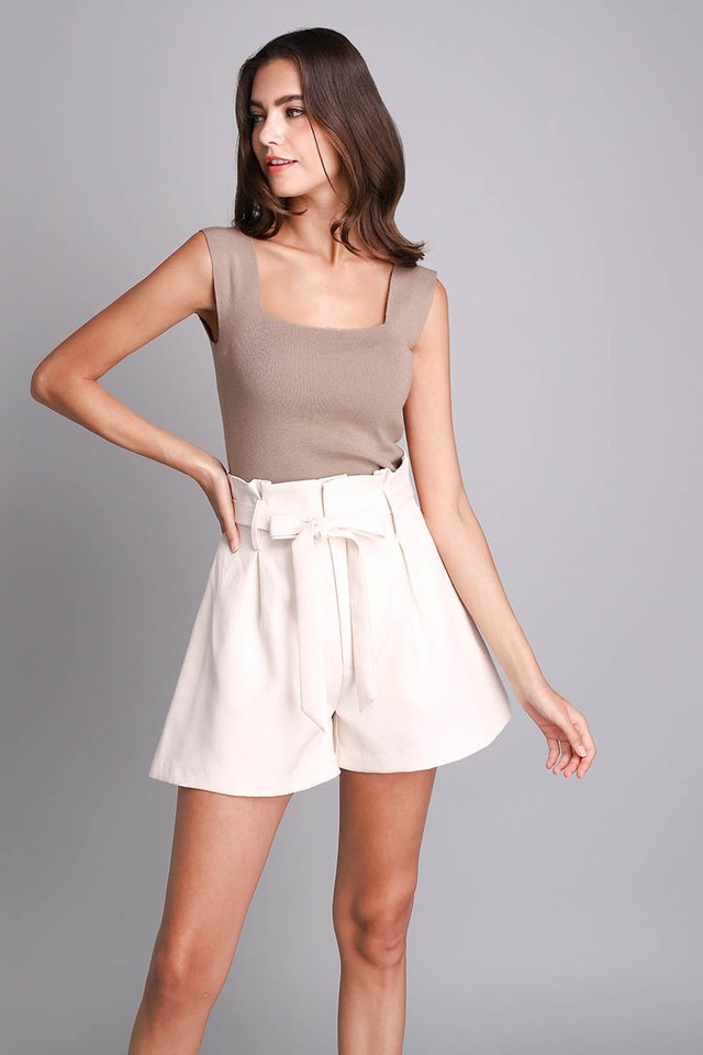 Selena Top In Taupe