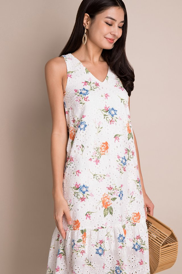 Spring Moments Dress In White Florals