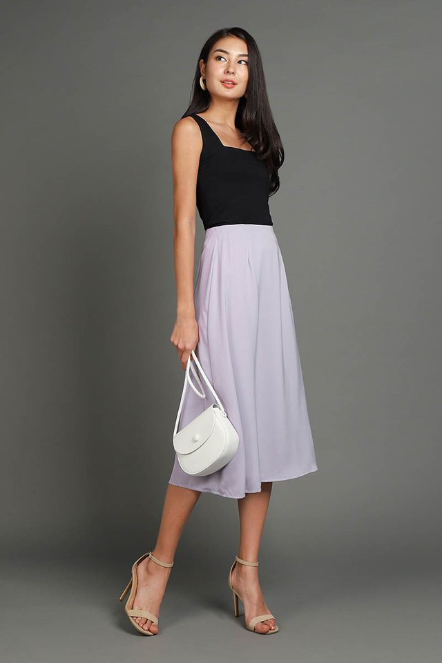 Evening Strolls Skirt In Soft Lilac