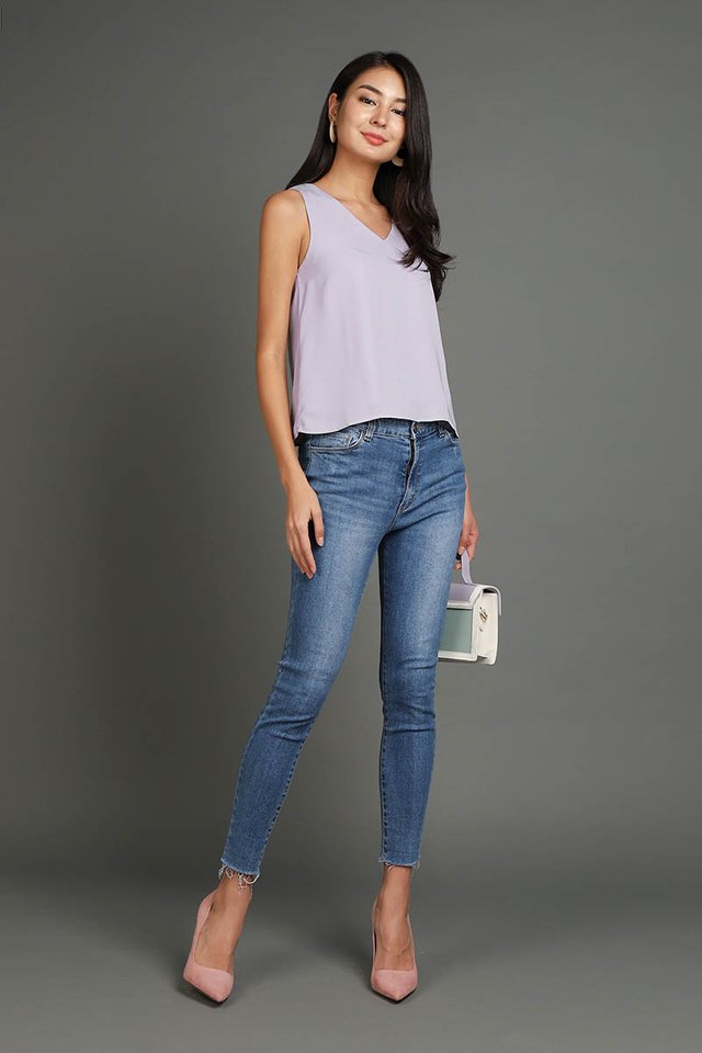 Breezing Through Life Top In Soft Lilac
