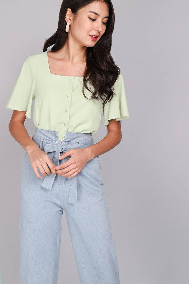 Back To Summer Top In Apple Green