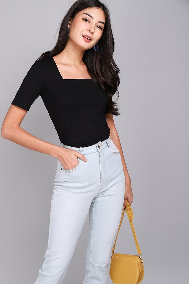 [BO] Carrie Top In Classic Black