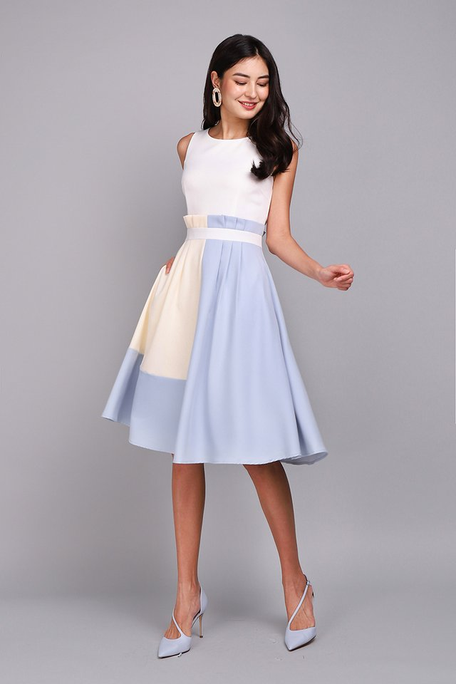Architectural Ardour Dress In White Sky