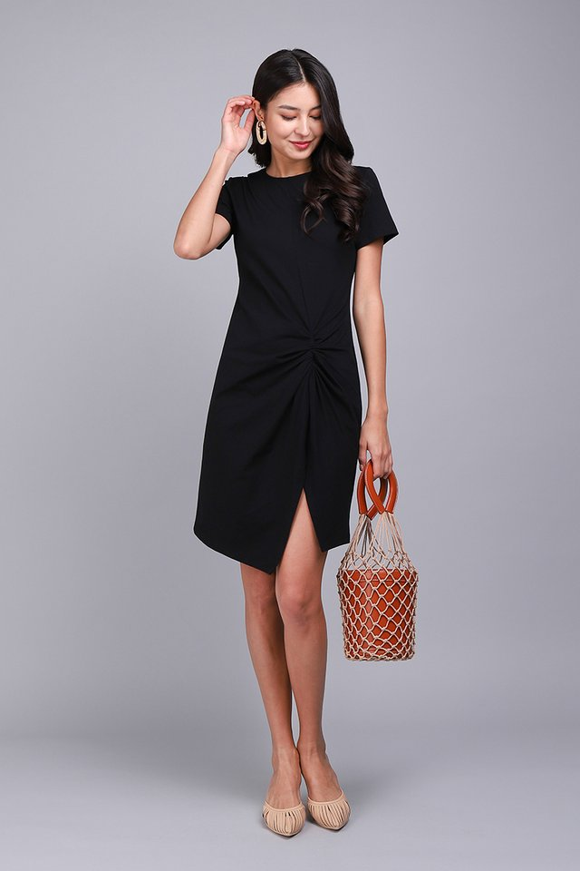 Weekender Dress In Classic Black