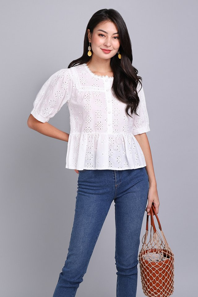 Summer Meadow Top In Classic White