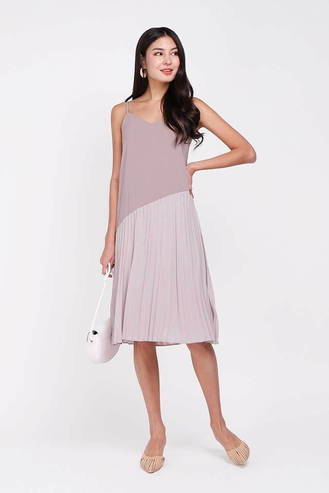 In A Heartbeat Dress In Taupe
