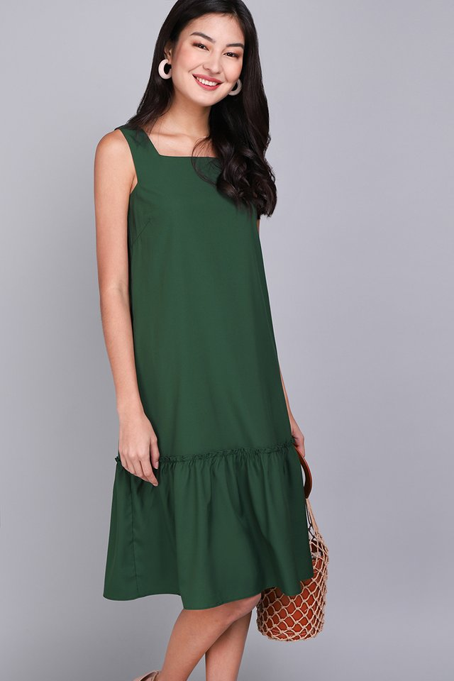 Chic Inspiration Dress In Forest Green