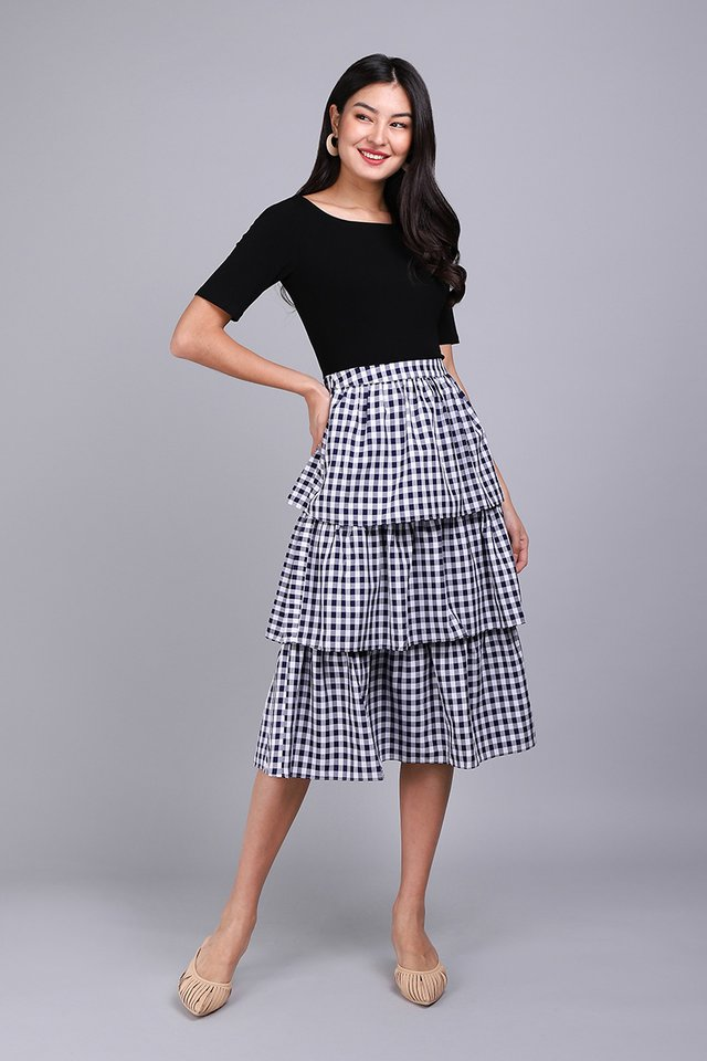Holiday Cheer Skirt In Blue Checks