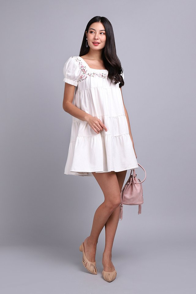 Sugar High Dress In White Wash
