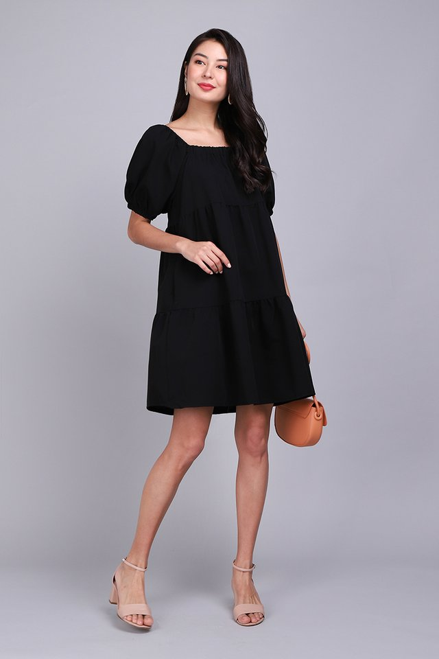 Step By Step Dress In Classic Black