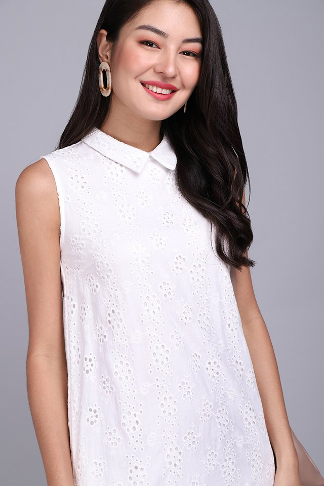 Dainty Outlook Dress In Classic White