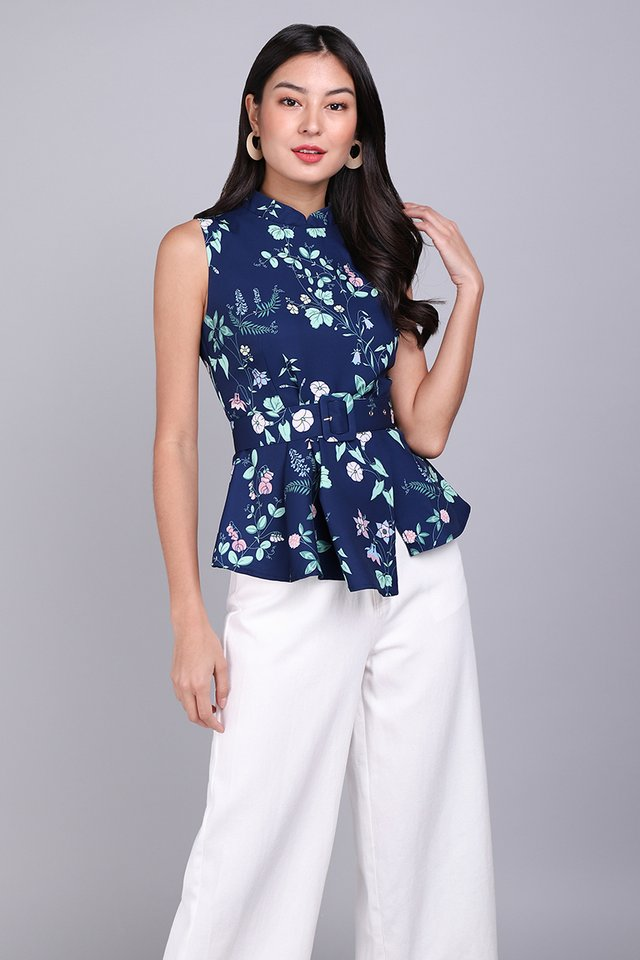 Wisteria Moments Cheongsam Top In Blue Florals
