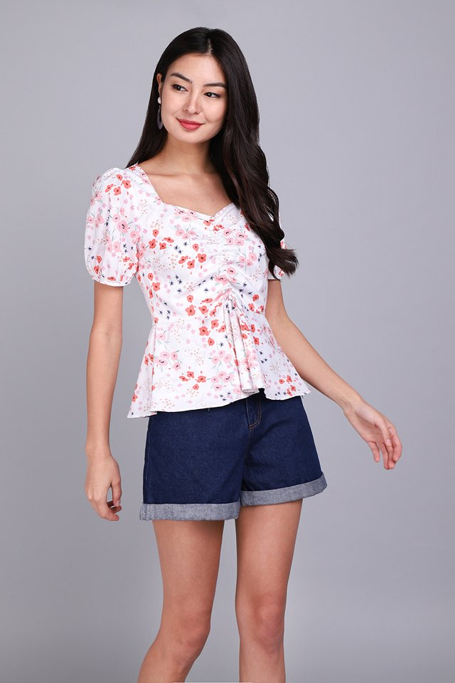 Blooming Phase Top In Coral Florals