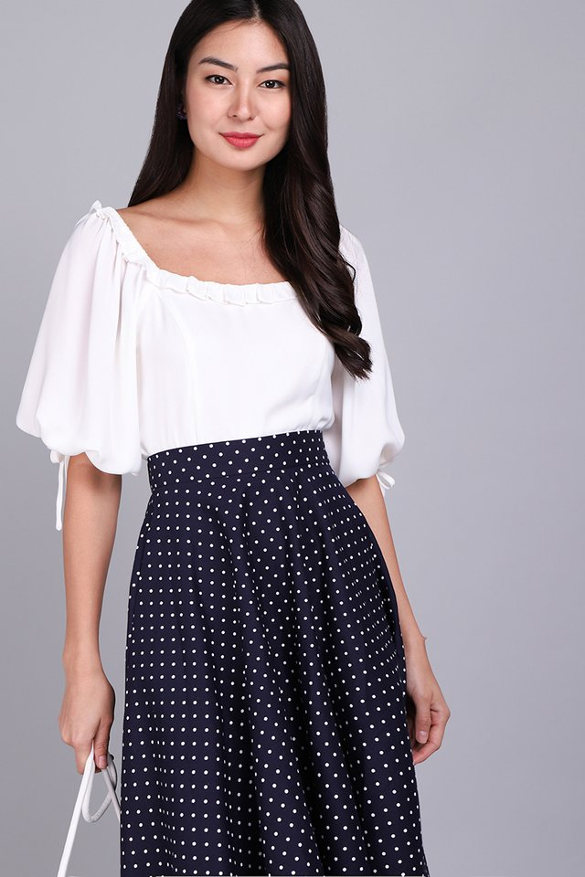 Kindred Hearts Top In Classic White